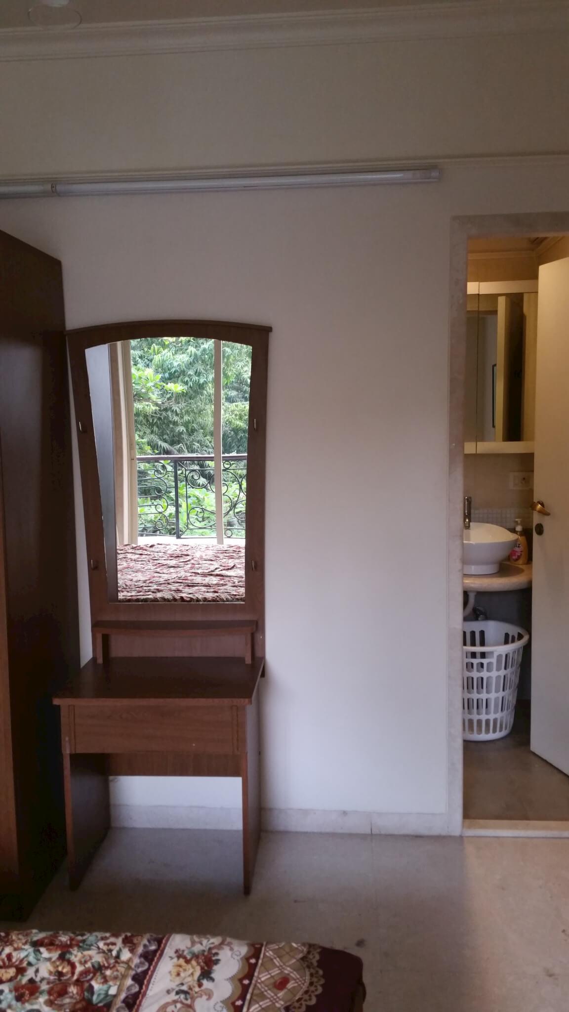 2 Bedroom Bi Level Home With Open Living: Monthly Rental 2 Bedroom Service Apartment Santacruz